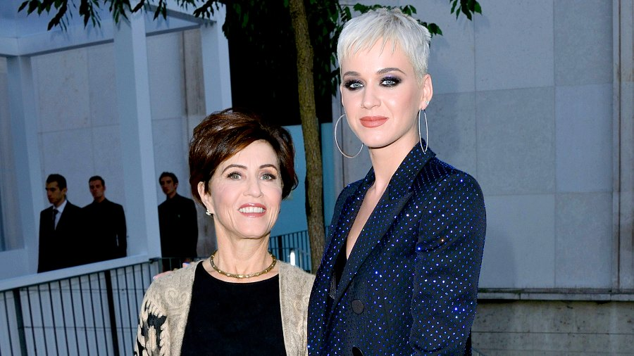 katy-perry-mother-mary-perry