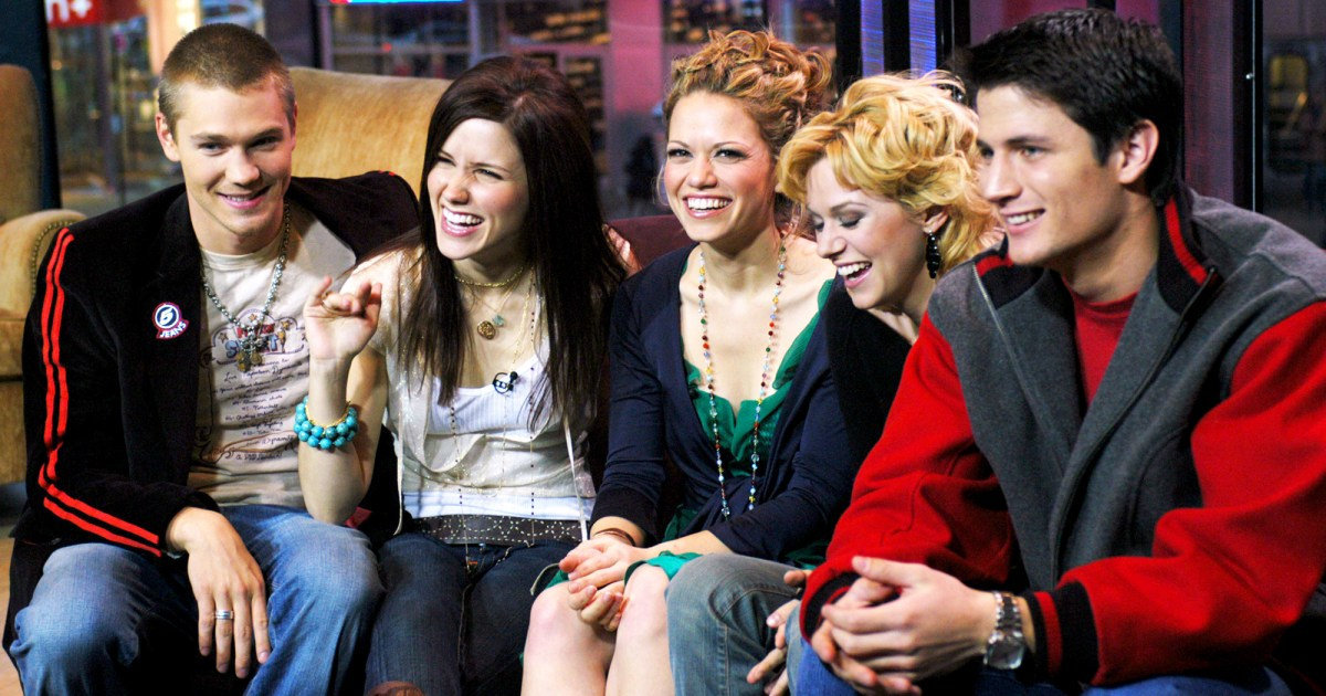 one tree hill casts mystery project revealed a lifetime movie - Ill Be Home For Christmas Cast