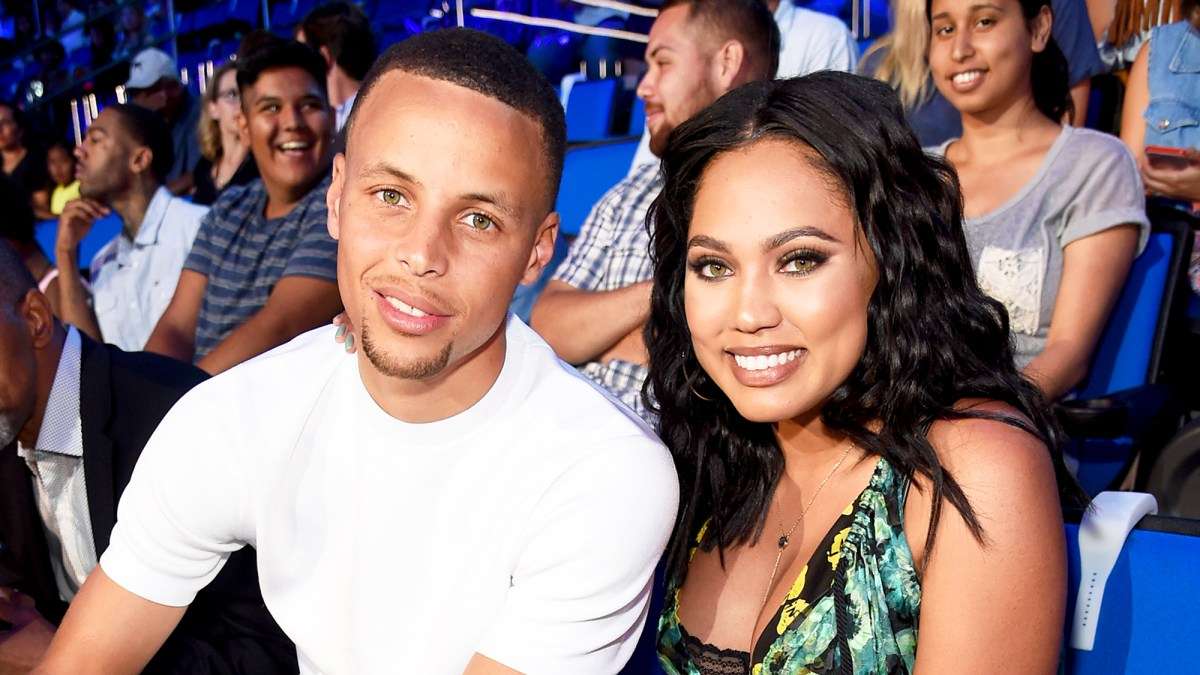 21fcba3bd435 Ayesha Curry Gives Birth