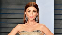 Sarah Hyland attends the 2018 Vanity Fair Oscar Party hosted by Radhika Jones at Wallis Annenberg Center for the Performing Arts in Beverly Hills, California.
