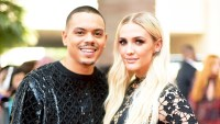 Evan Ross and Ashlee Simpson attend the 2018 Billboard Music Awards at MGM Grand Garden Arena in Las Vegas, Nevada.