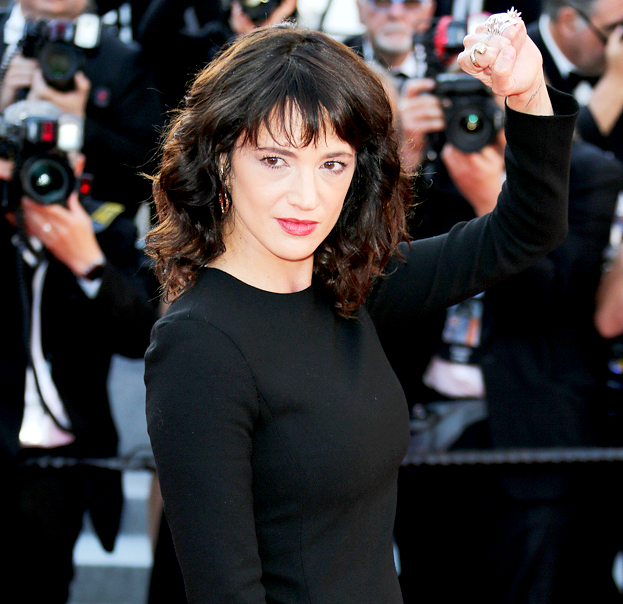 Celebs Support Asia Argento After Anthony Bourdain Death