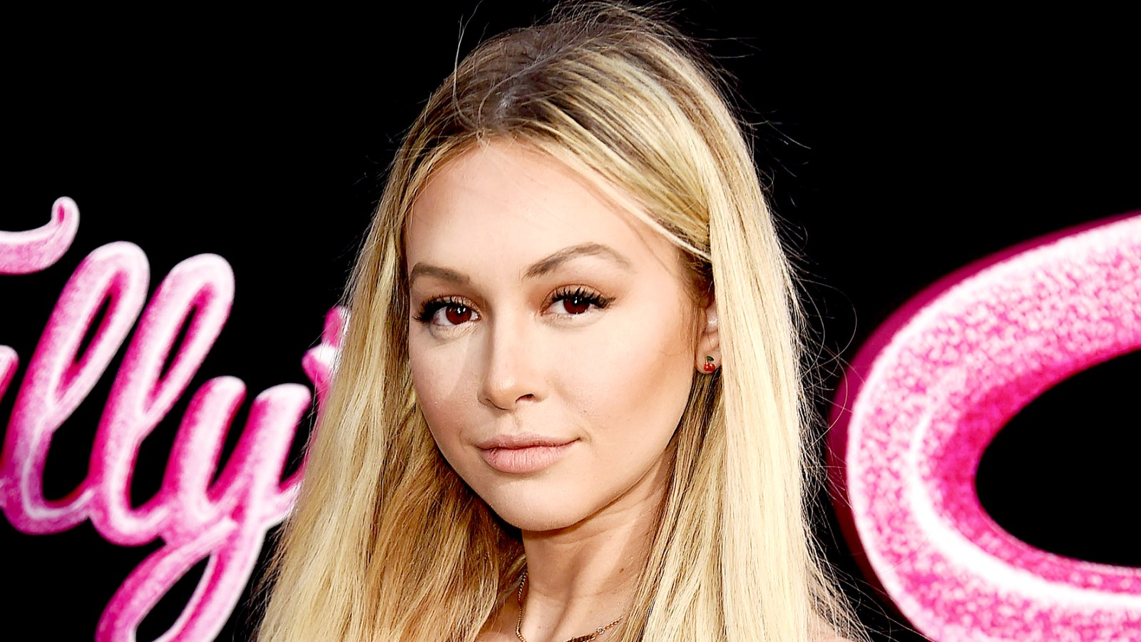 Corinne Olympios Reflects on 'Bachelor in Paradise' Scandal: 'It Was the  Hardest Year of My Life'