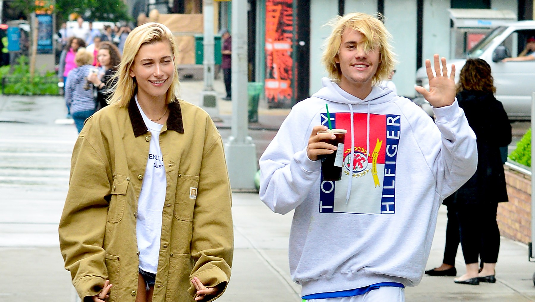 Hailey-Baldwin-Justin-Bieber-better-friends