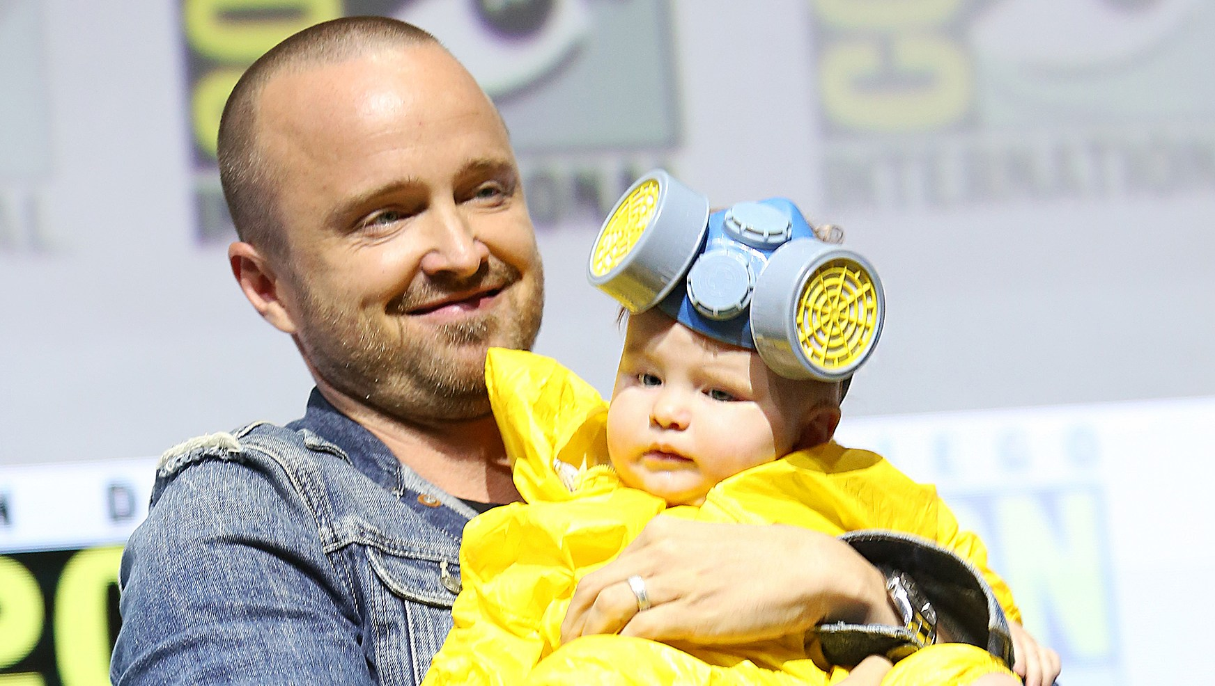 Aaron Paul Baby Breaking Bad Comic-Con