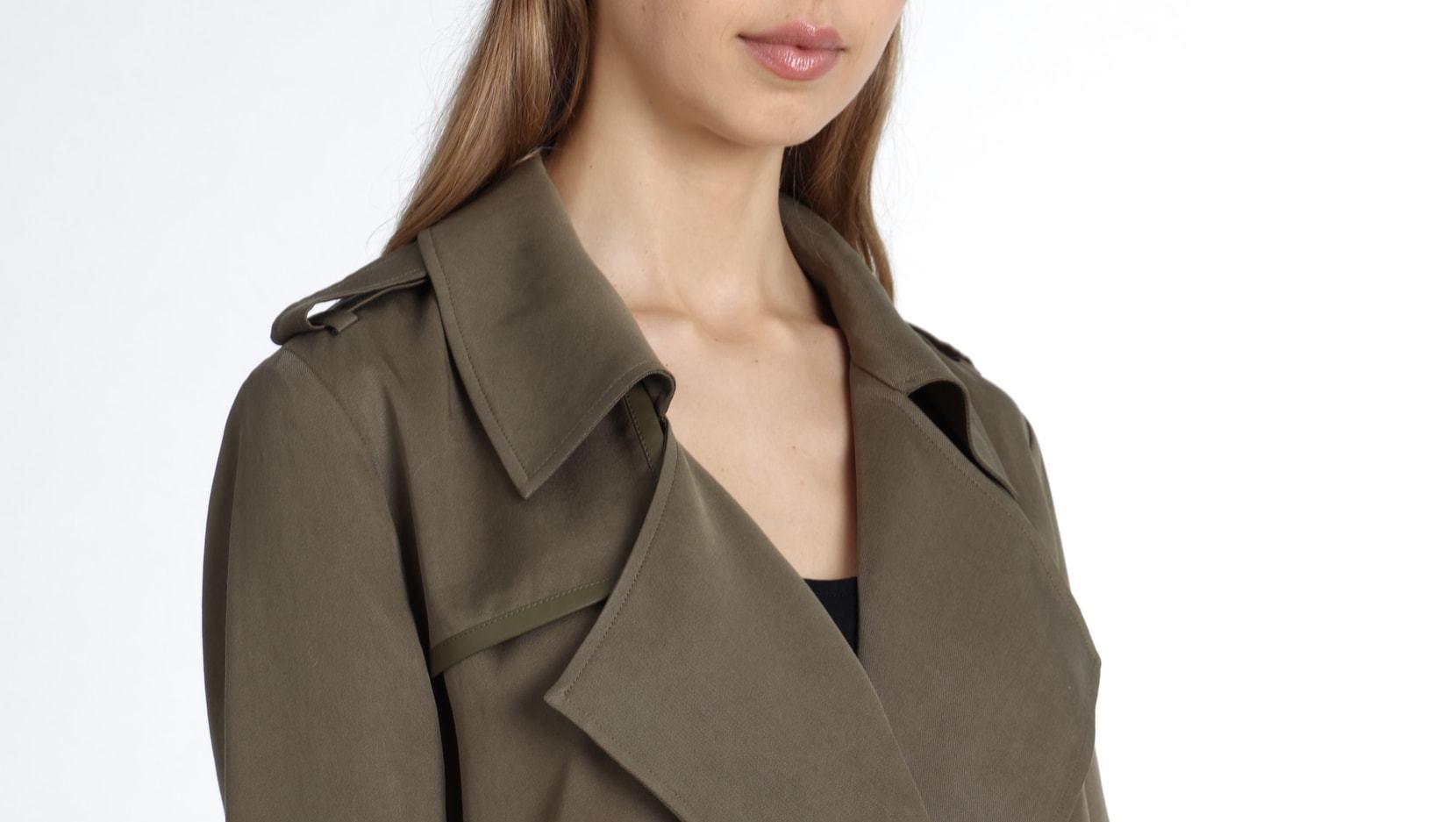 badgley mischka faux leather jacket