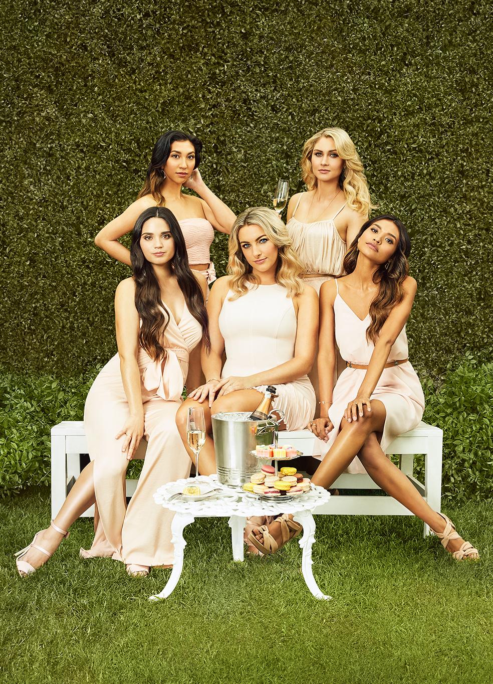 The single ladies club cast