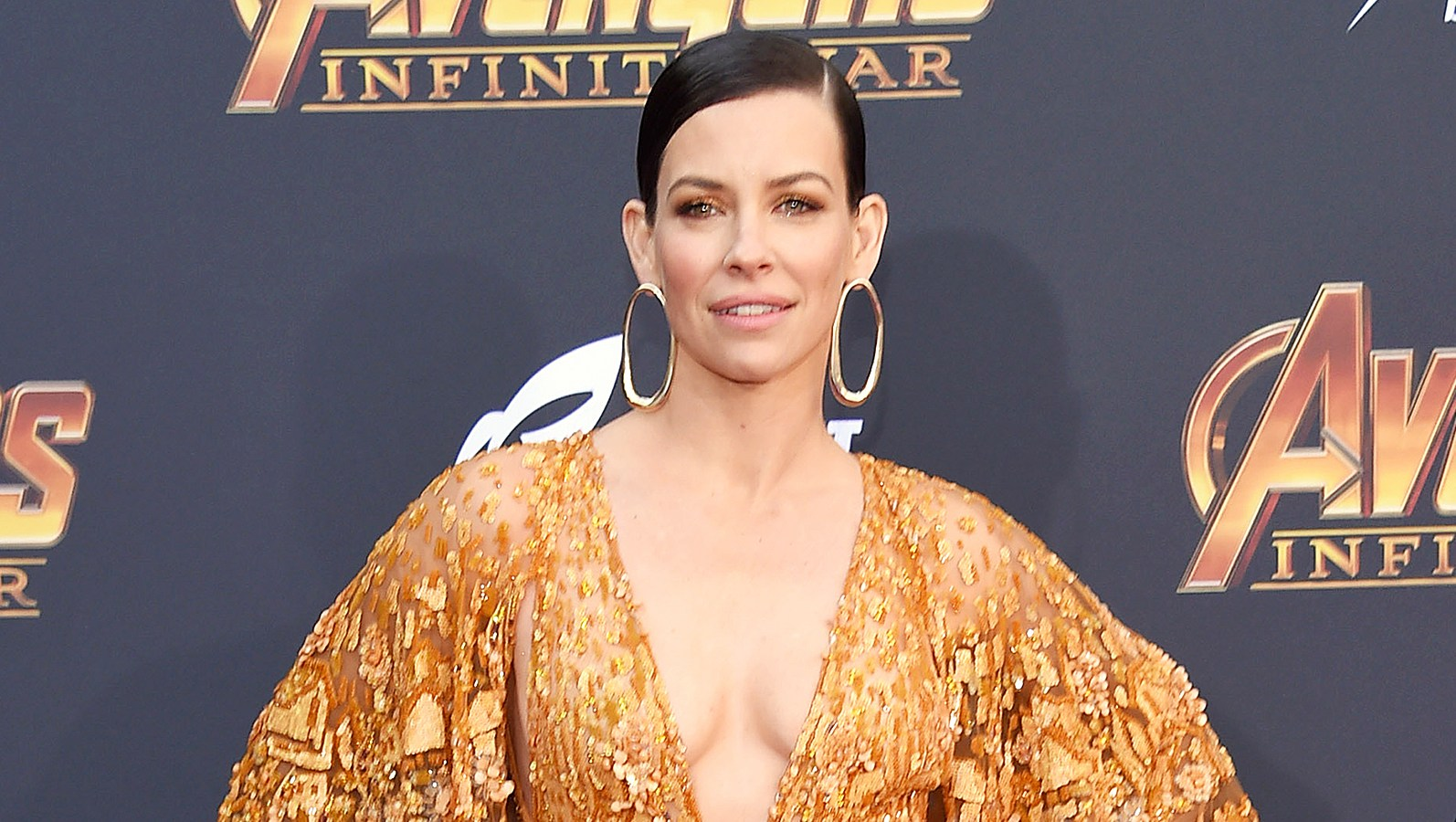Evangeline Lilly Corned Partially Naked Scene Lost