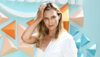 Sara Foster Friends Want To Date Her Dad David Foster