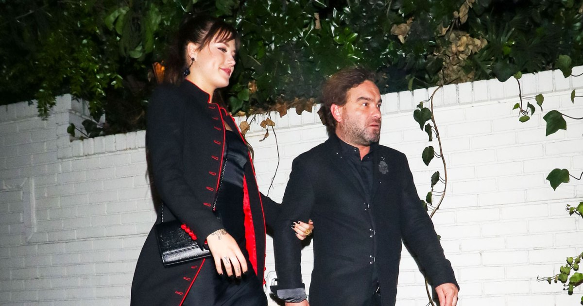 Johnny Galecki 43 Has A New Girlfriend Meet Alaina