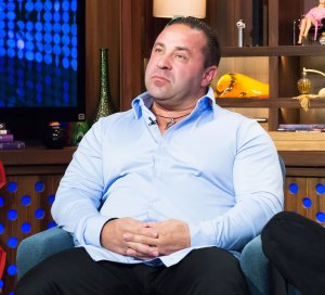 Joe Giudice Likely Wont Be Allowed To Visit Kids In US
