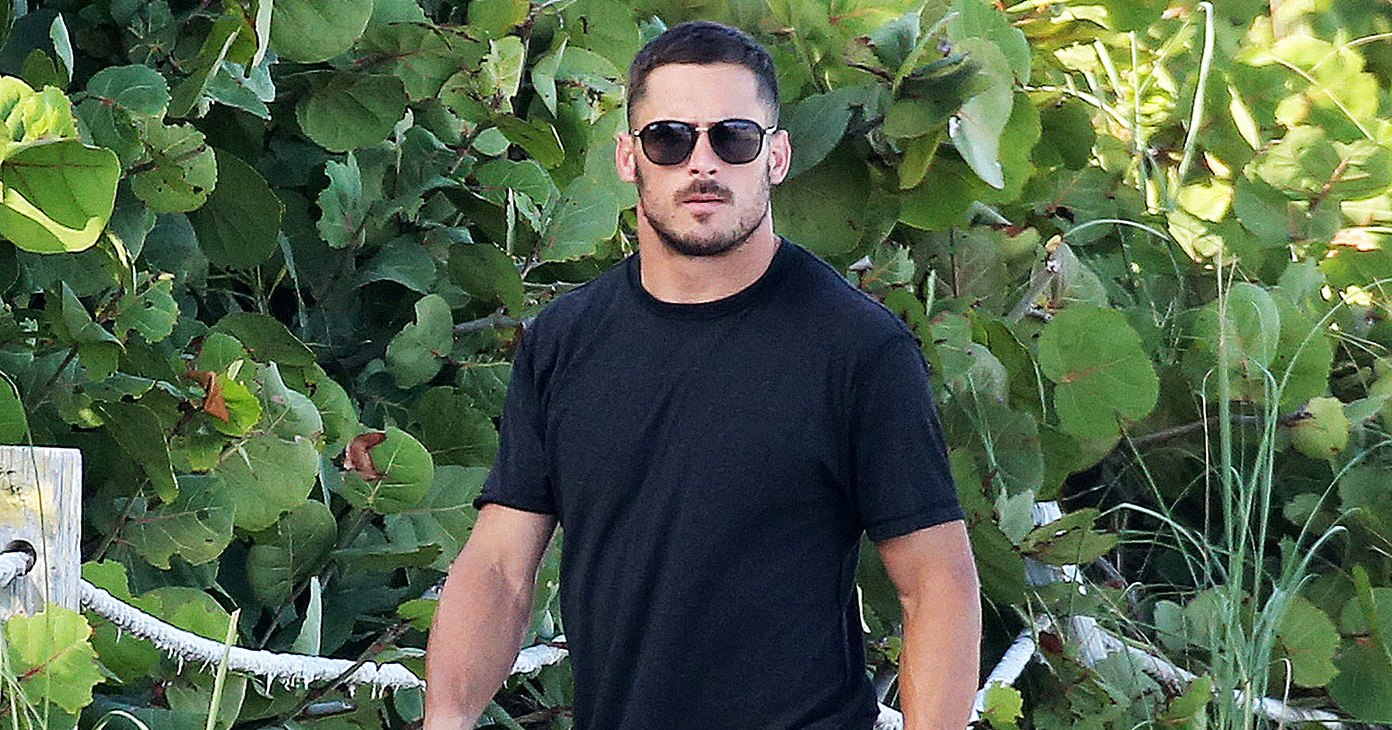 Danny Amendola Steps Out for Day at the Beach With Pals Following Olivia Culpo Split