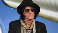 Joe Perry, Hospital, Aerosmith