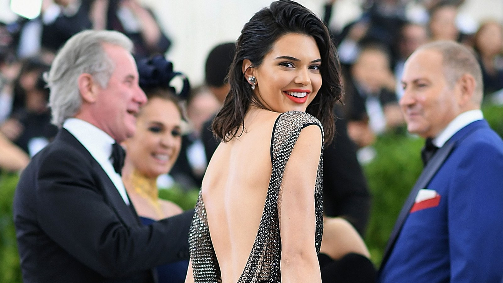 8f326ea804 Kendall Jenner Was Reportedly Paid $1 Million for Her Aritzia Puffer Coat  Campaign