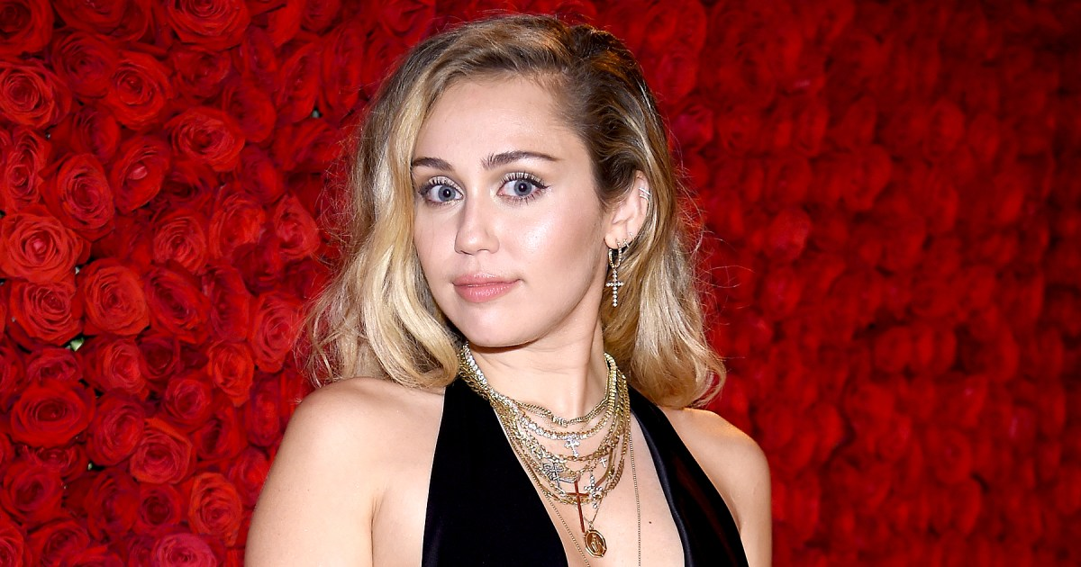 Miley Cyrus Teases New Music Ahead of 'SNL' Appearance