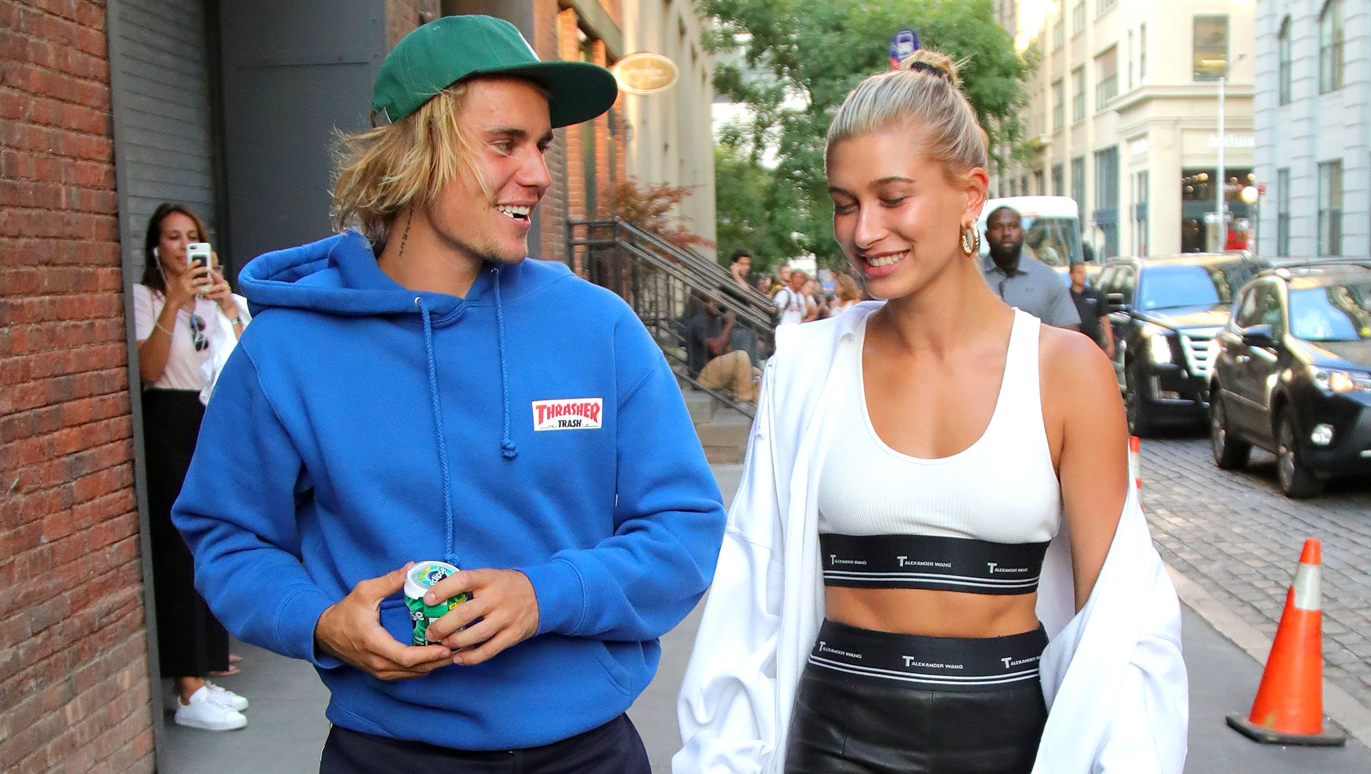 hailey baldwin bieber necklace