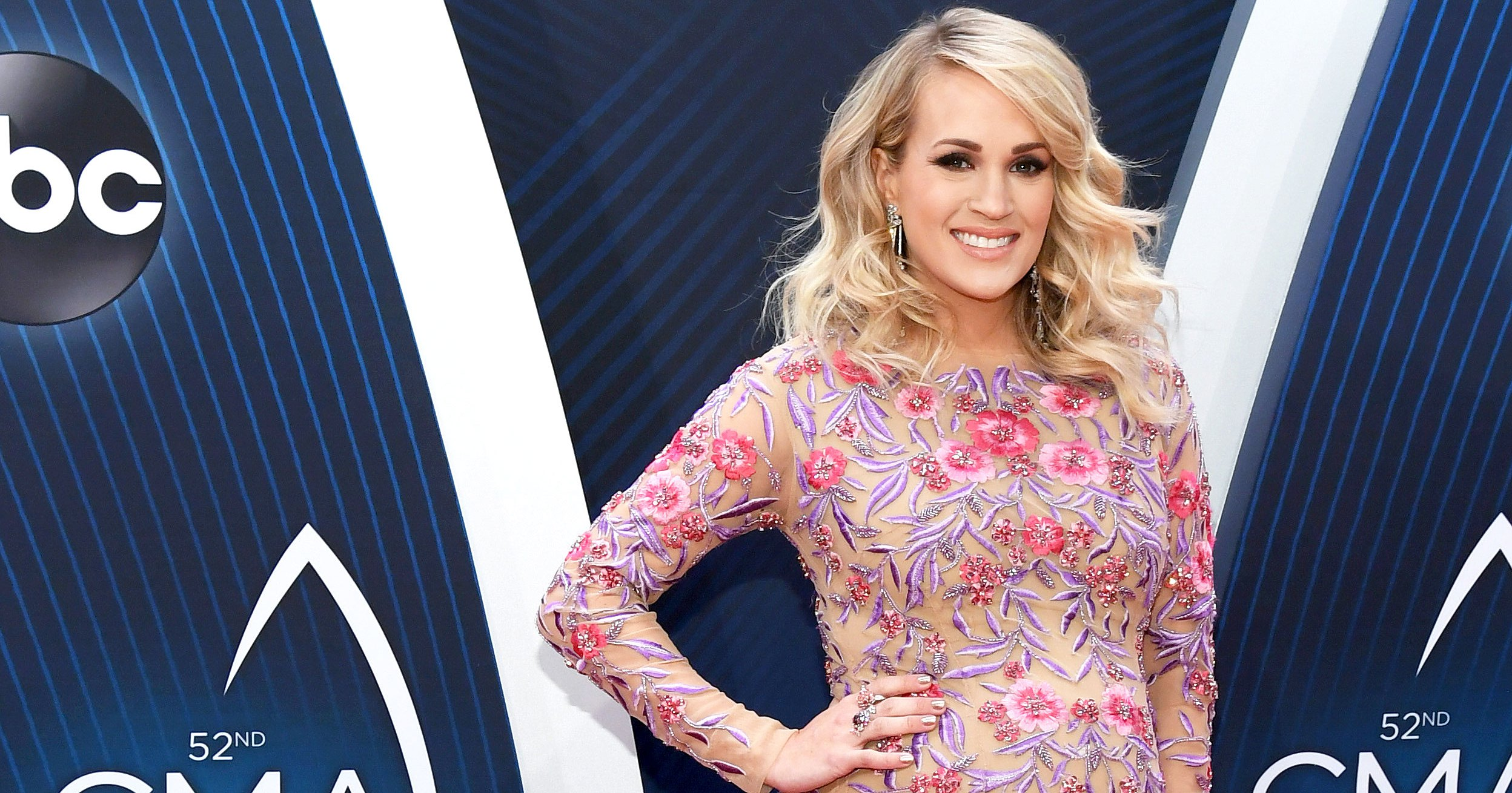 Pregnant Carrie Underwood 'Stretched Out' CMAs Dresses