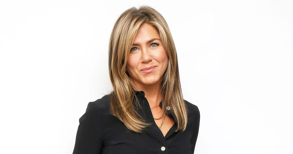 Jennifer Aniston Is Very Comfortable Where She Is After Divorce-1005
