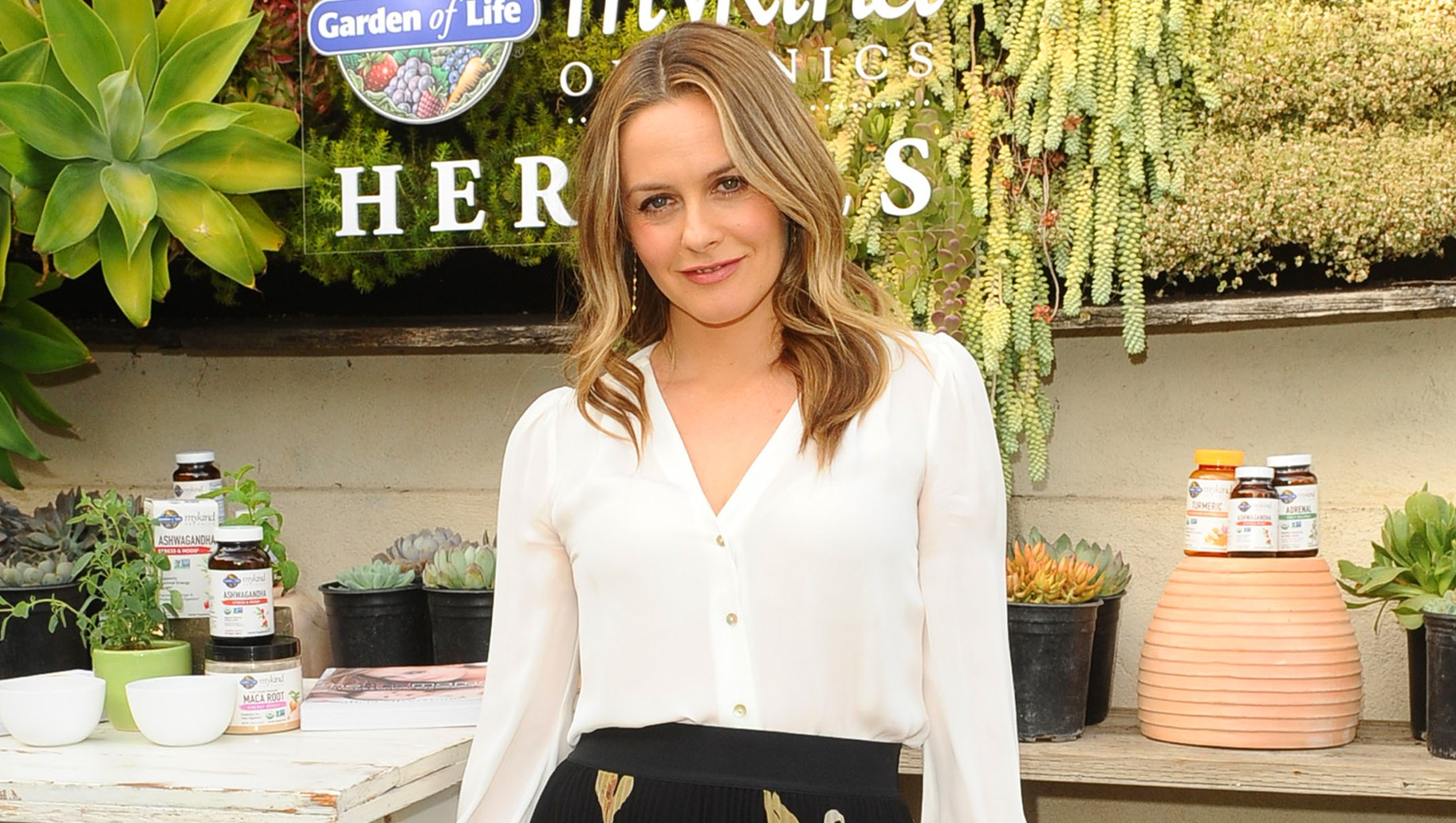 Alicia Silverstone Celebrates the Launch of her lmykind Organics Herbals.
