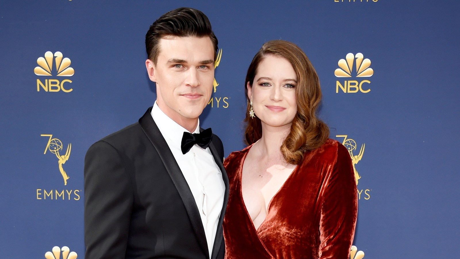 999fd6f244a28 'American Horror Story' Star Finn Wittrock's Wife Sarah Roberts Is Pregnant  With Their First Child: Photo