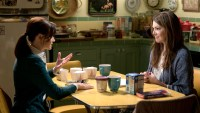 Gilmore-Girls-Holiday-Lunch-at-Lorelai-House