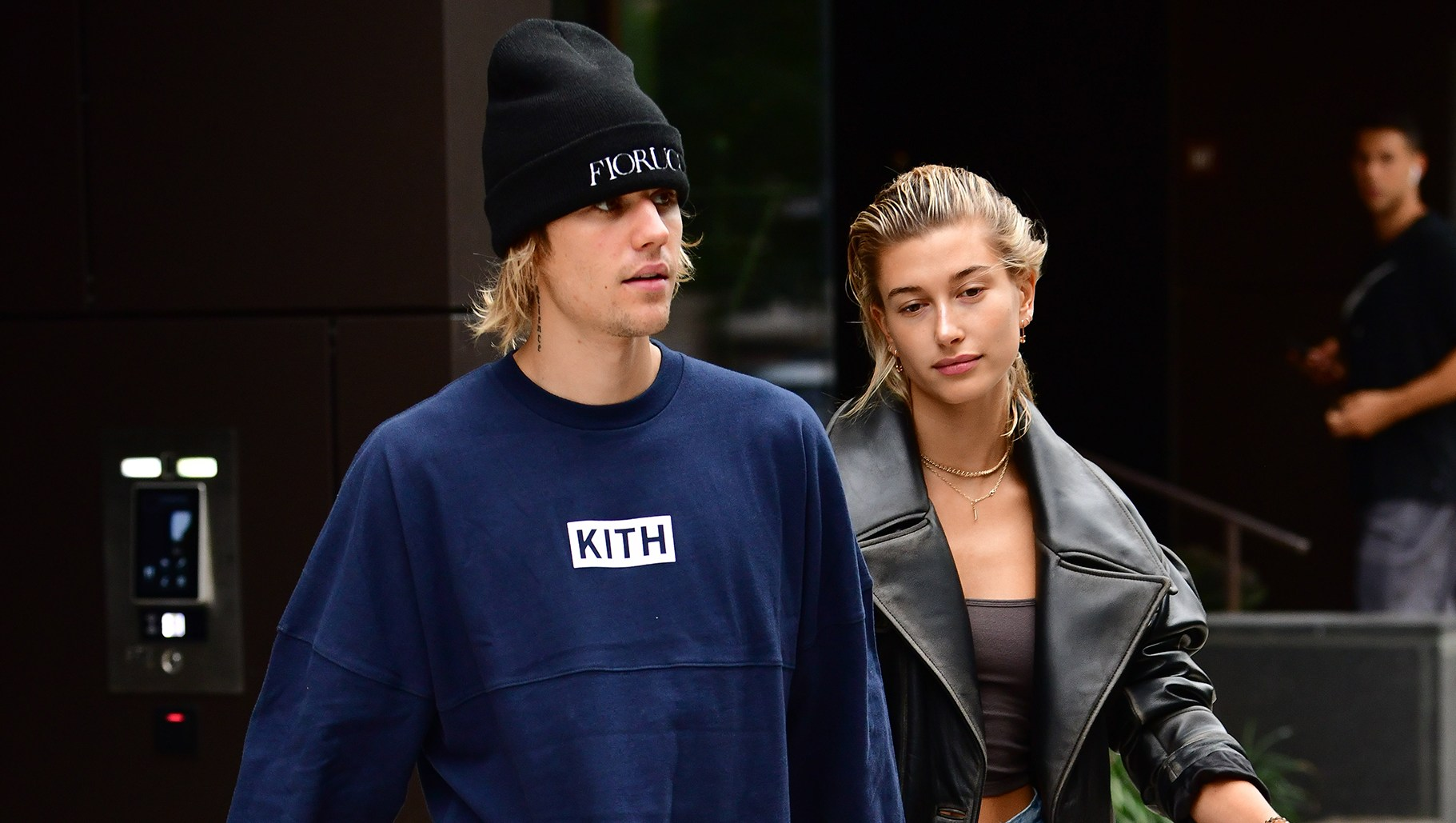 Justin Bieber and Hailey Baldwin Get a Puppy