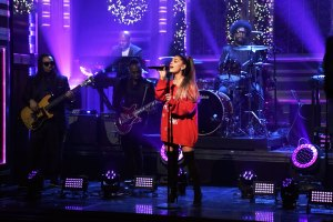 Ariana Grande Blew Twitter's Mind With Her Insane Whistle Notes on 'The Tonight Show' With Jimmy Fallon'