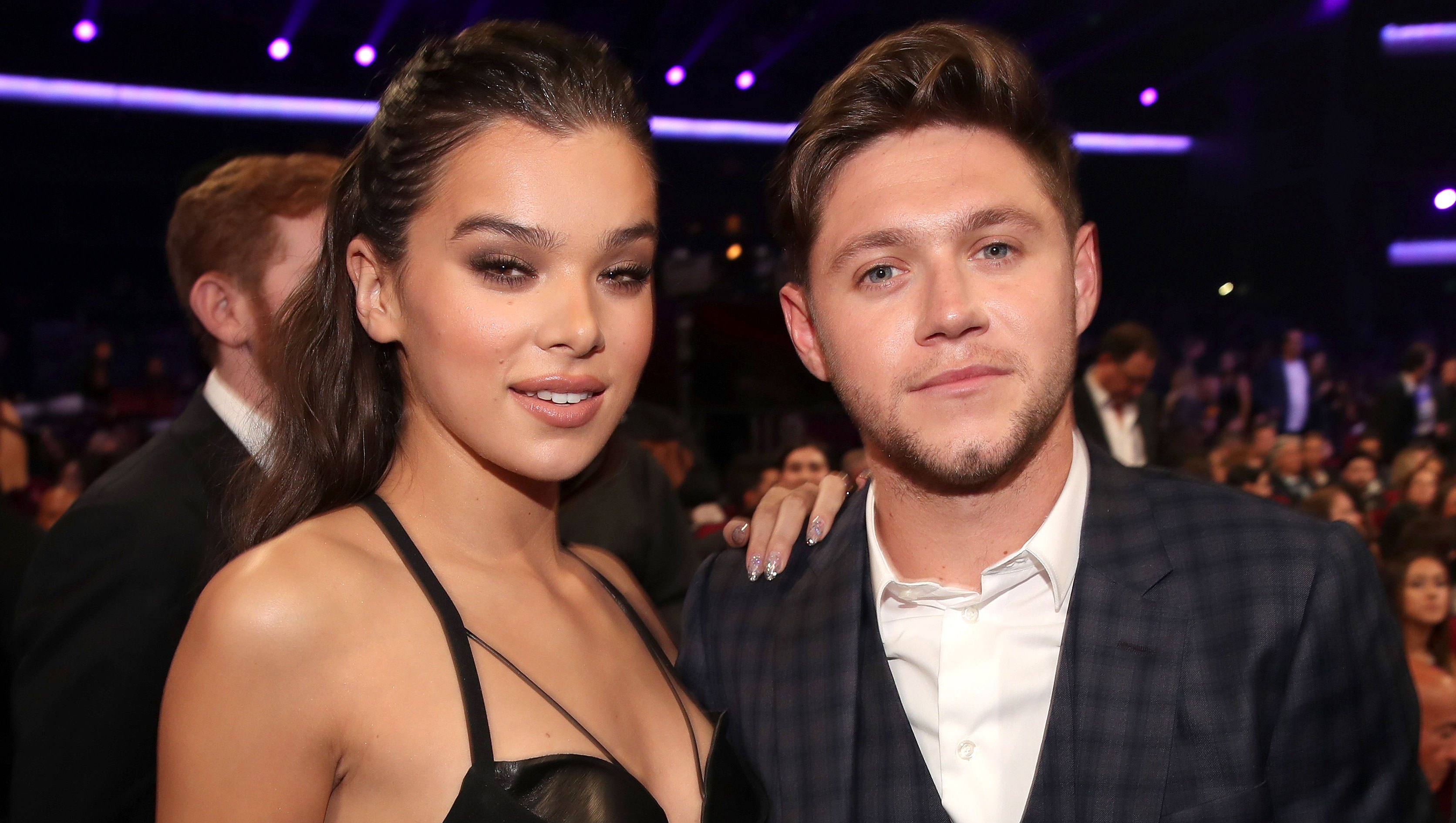 Hailee Steinfeld Shoots Down Rumors That She Threw Shade at Ex Niall Horan