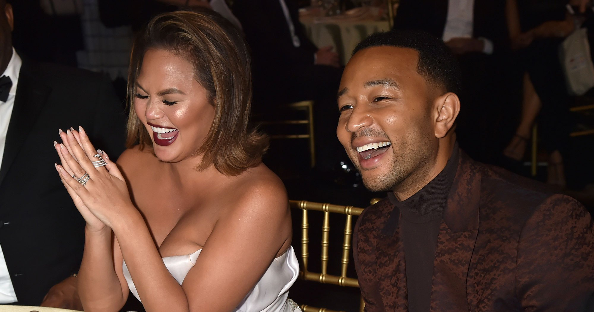 Chrissy Teigen Jokes That She Cheated on Husband John Legend With a Look-Alike