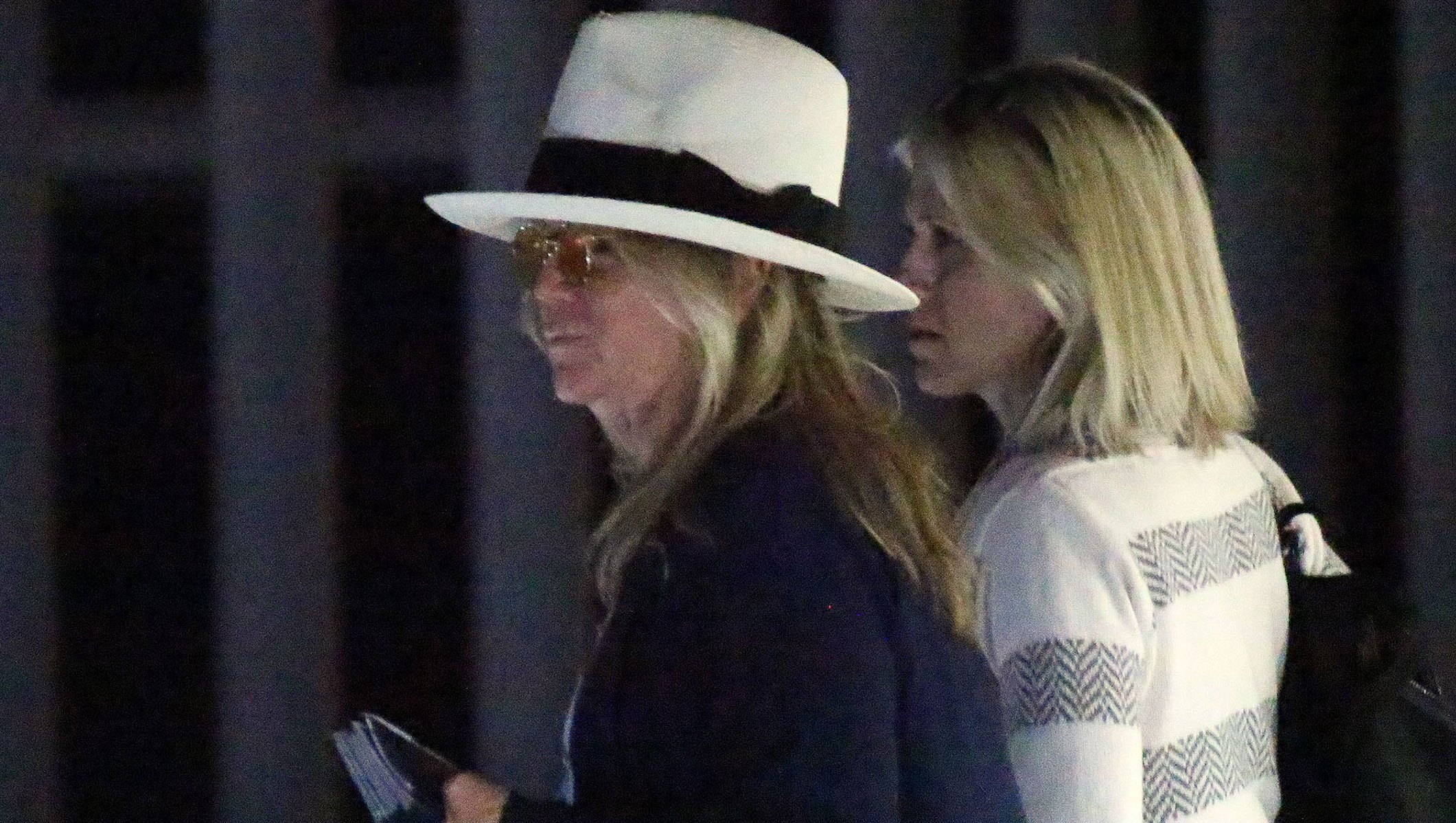 Jennifer Aniston Arrives in Cabo After Emergency Plane Landing