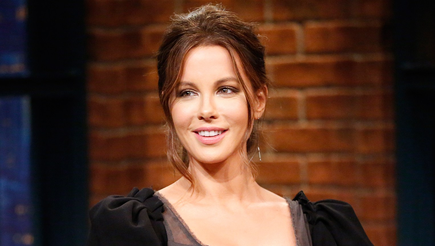 Kate-Beckinsale-clapbacks
