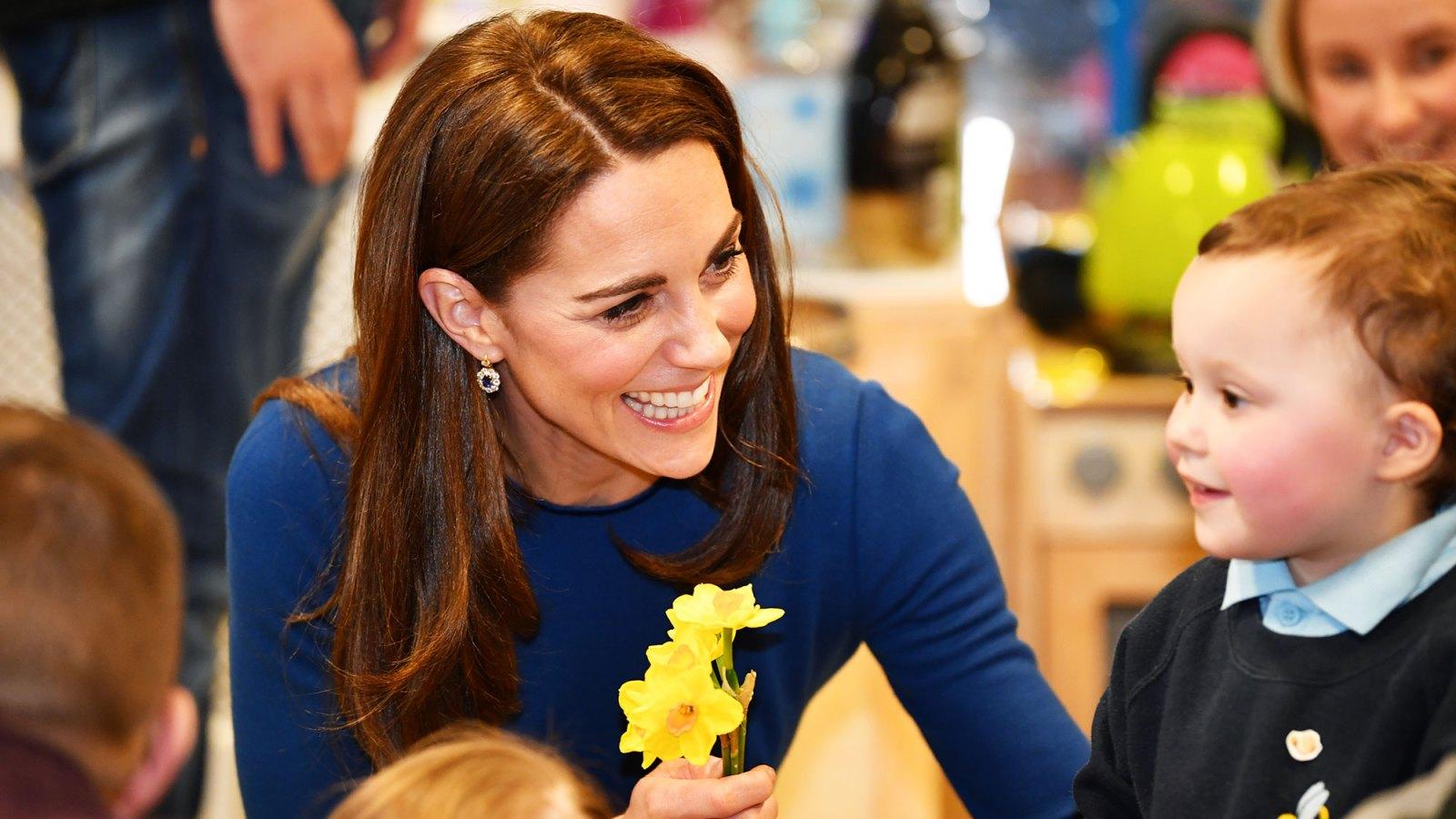 60de5cdd83e01 Kate Middleton Braids Child's Hair in Northern Ireland: Video