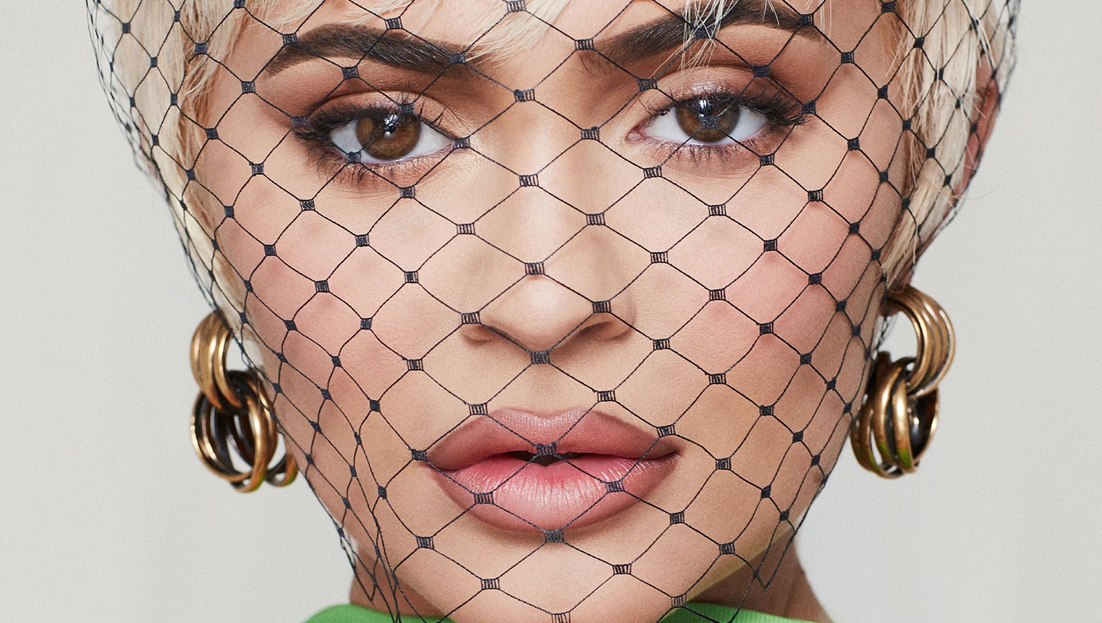 kylie jenner paper magazine Kylie Jenner Talks Plastic Surgery and Makeup