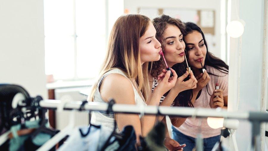 Girls Doing Makeup