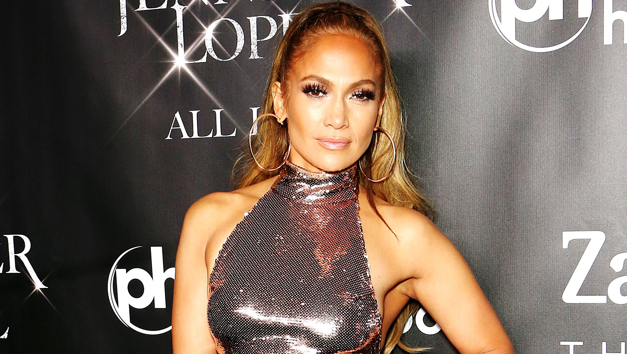J.Lo's Exact Diet and Abs Moves Are No Longer a Secret, Thanks to New Coach