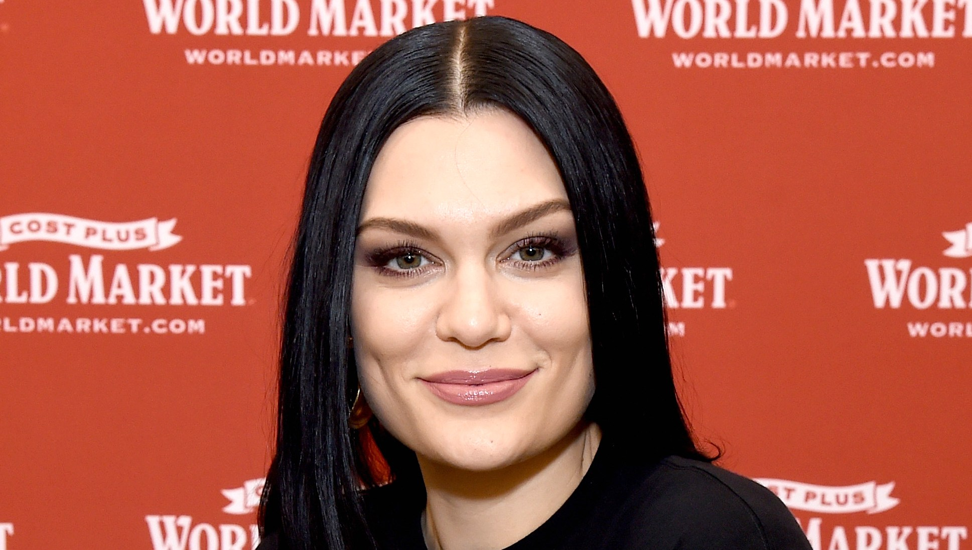 Jessie J Proudly Shows Off Cellulite in Body-Positive Bikini Pic