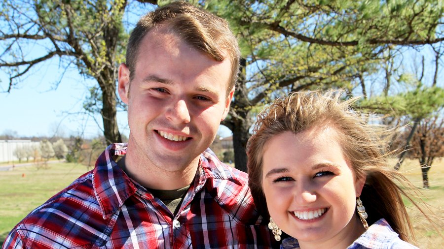 Counting On's Joe and Kendra Duggar Make Instagram Debut With Rare Pic of 8-Month-Old Son Garrett