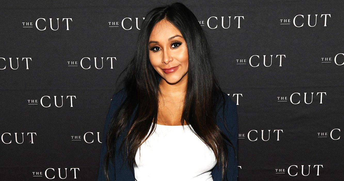 Nicole 'Snooki' Polizzi Debuts Baby Bump on the Red Carpet: Pics