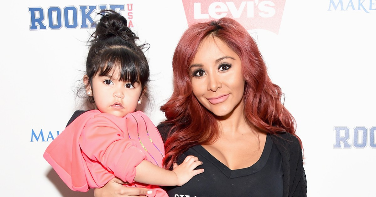 Snooki's Daughter Giovanna Breaks Her Arm Falling Off a Bed