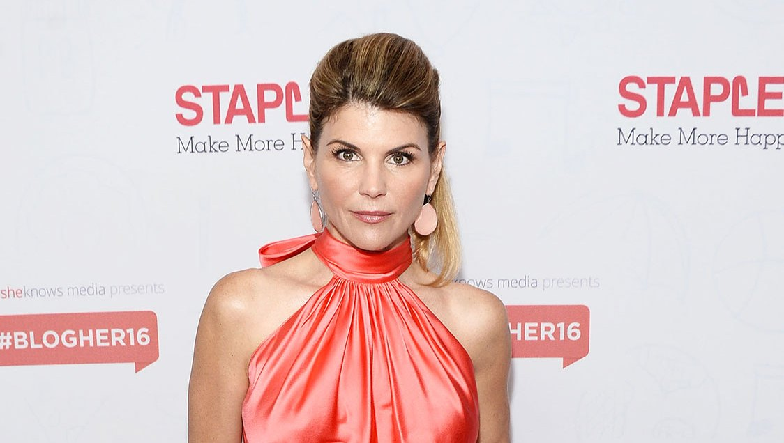 When Calls the Heart' Producers Are 'Retooling' After Hallmark Fires Lori Loughlin Over College Admissions Scandal