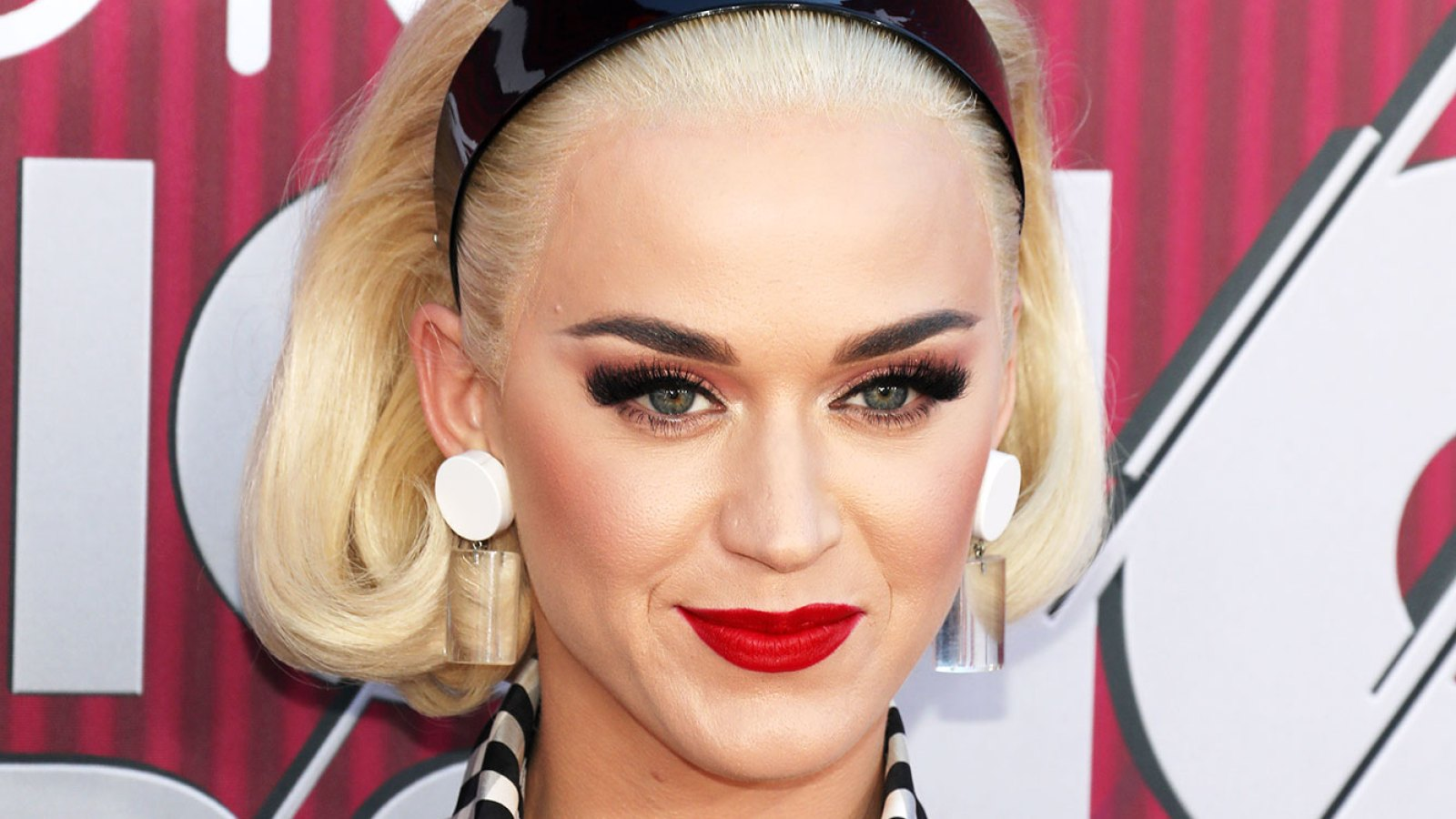 43127b0e862 The Secrets Behind Katy Perry's Bold Red Lip and Eye Look at the 2019  iHeartRadio Music Awards