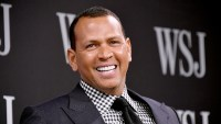 Alex-Rodriguez-Photo-of-Him-Kissing-Himself-in-the-Mirror
