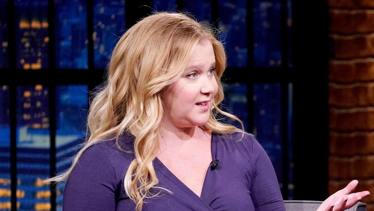 Amy-Schumer-Bashes-Birth-Rumors