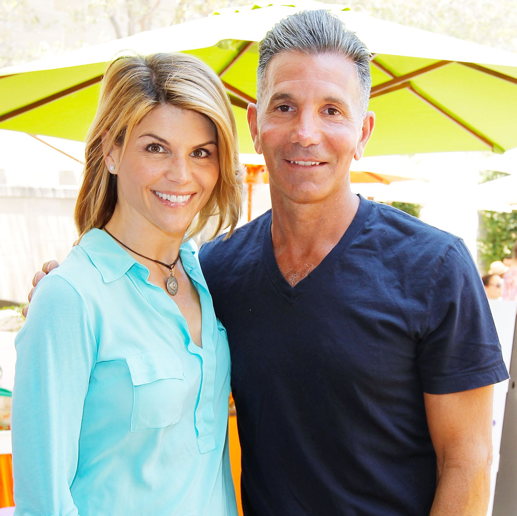 Lori Loughlin Friends Mossimo Giannulli College Scandal