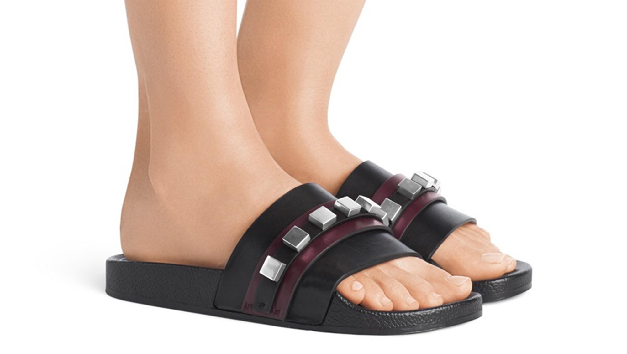 SW sandals