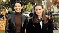 Gilmore Girls Stars Hollow Fictional Towns