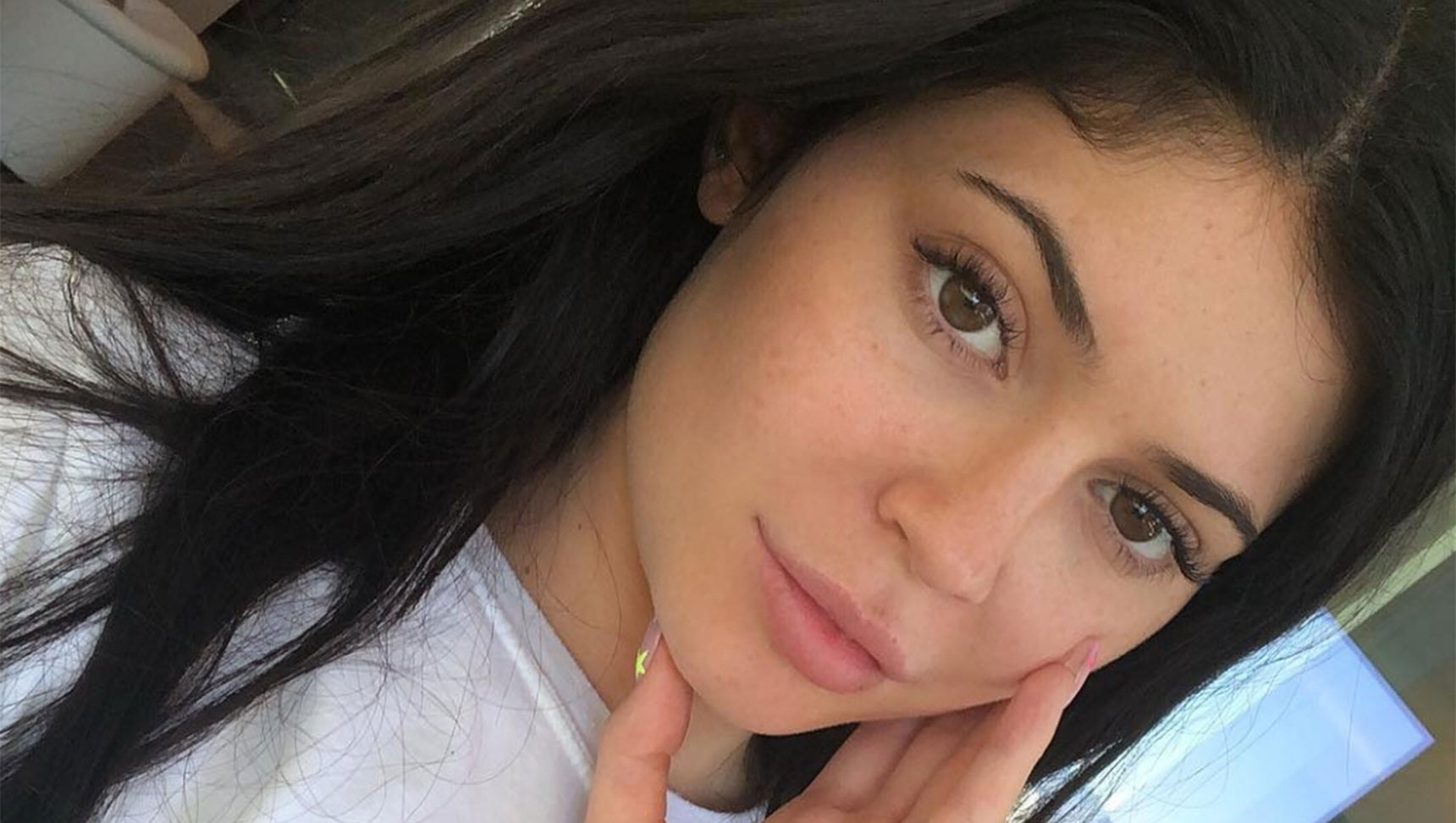 Kylie Jenner and Kate Hudson Show Off Their Makeup-Free Glows
