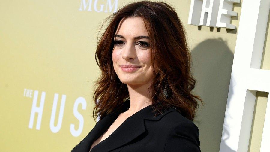 Anne Hathaway The Hustle Redcarpet Premiere