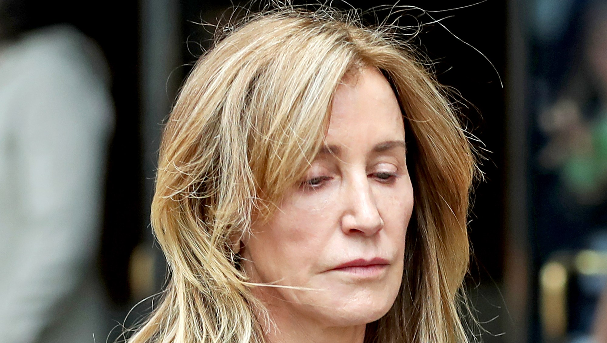 Felicity-Huffman-cried-Pleading-Guilty-to-Fraud