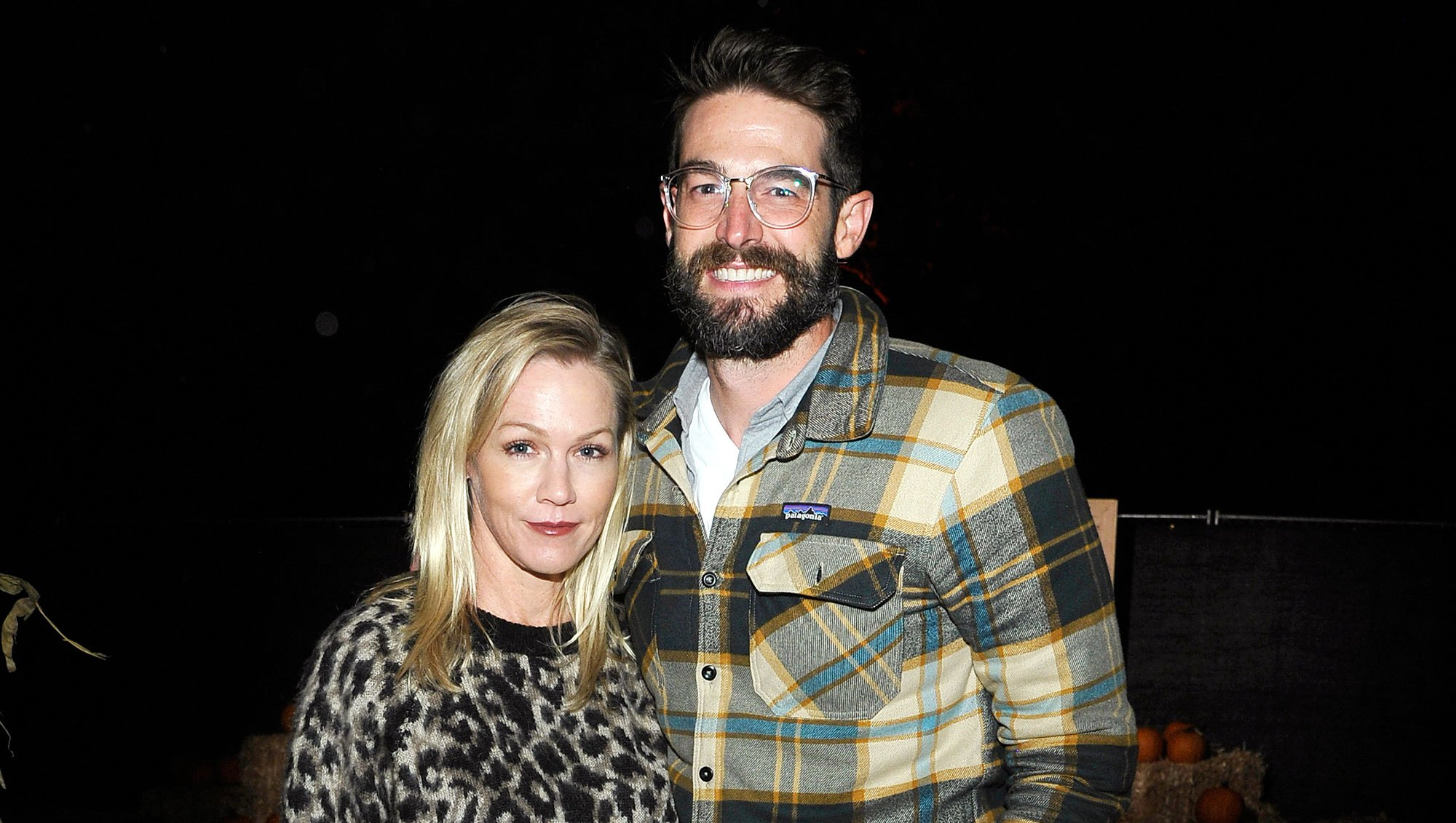 Jennie Garth Lucky Relationship Husband Dave Abrams